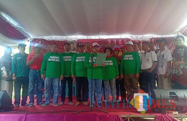 Deklarasi Projo Lumajang di Desa Senduro, Kecamatan Senduro. (Foto: Pawitra/JatimTIMES)