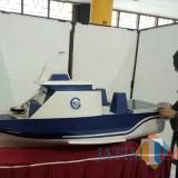Kapal Cepat Penebar Pakan Ikan (foto: Imarotul Izzah/MalangTIMES)