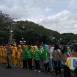 Ilustrasi para pegawai di lingkungan Pemkot Malang saat mengikuti kegiatan upacara bendera di depan Balaikota Malang. (Foto: Nurlayla Ratri/MalangTIMES)