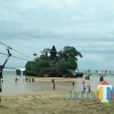 Pantai Balekambang, salah satu pesisir laut yang terbilang bergelombang tinggi. (Dok MalangTIMES)