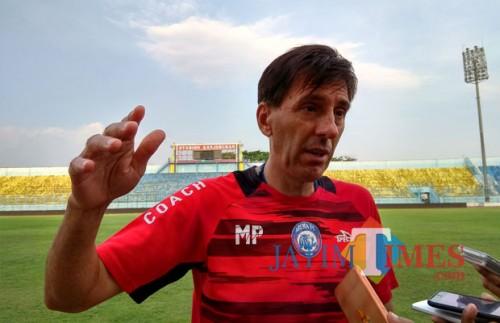Pelatih Kepala Arema FC, Milan Petrovic (foto: Hendra Saputra/ MalangTIMES)