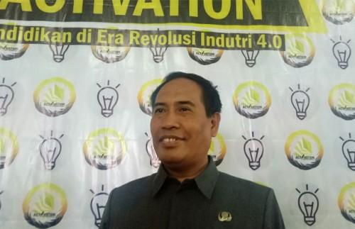 Kepala Dinas Pendidikan M. Hidayat MM MPd (foto: Imarotul Izzah/Malang Times)