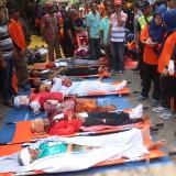 Simulasi penanganan bencana oleh Pemkot Surabaya.