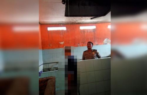 Kondisi korban saat ditemukan gantung diri dan saat akan dievakuasi polisi (Humas Polres)