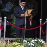 Plt Bupati Tulungagung, Maryoto Birowo saat memimpin upacara HSP ke 90 Pemkab Tulungagung (foto : Joko Pramono/Tulungagungtimes)