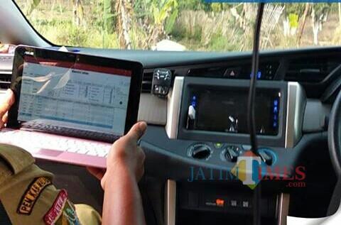 Survei jalan oleh Dinas PU Bina Marga Kabupaten Malang untuk mempersiapkan rencana program hibah nasional jalan daerah (Bina Marga for MalangTIMES)