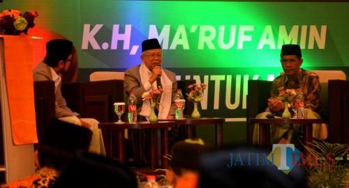 KH Ma'ruf Amin saat hadir di Harris Hotel and Convention Malang dalam kegiatan silahturahmi bersama kiai se Malang Raya. (Foto: Nurlayla Ratri/MalangTIMES)