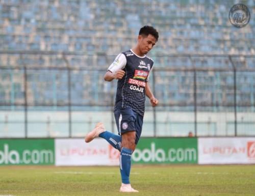 Hanif Sjahbandi, salah satu pemain muda yang mampu menjadi pembeda saat Arema FC melibas Bali United (instagram @aremafcofficial)