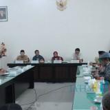 Suasana Forum Silahturahmi Komisi E DPRD Provinsi Jawa Timur dengan Bupati Jombang di Ruang Swagata Pendopo Kabupaten Jombang. (Foto : Adi Rosul / JombangTIMES)