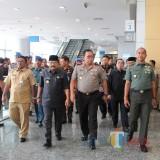 Soekarwo Gubernur Jatim, Bersama Forkopimda, Dirjen Otoda Hadir Bersama Dalam Acara Rapat Koordinasi Ketertiban dan Keamanan Di Wilayah Prov Jatim