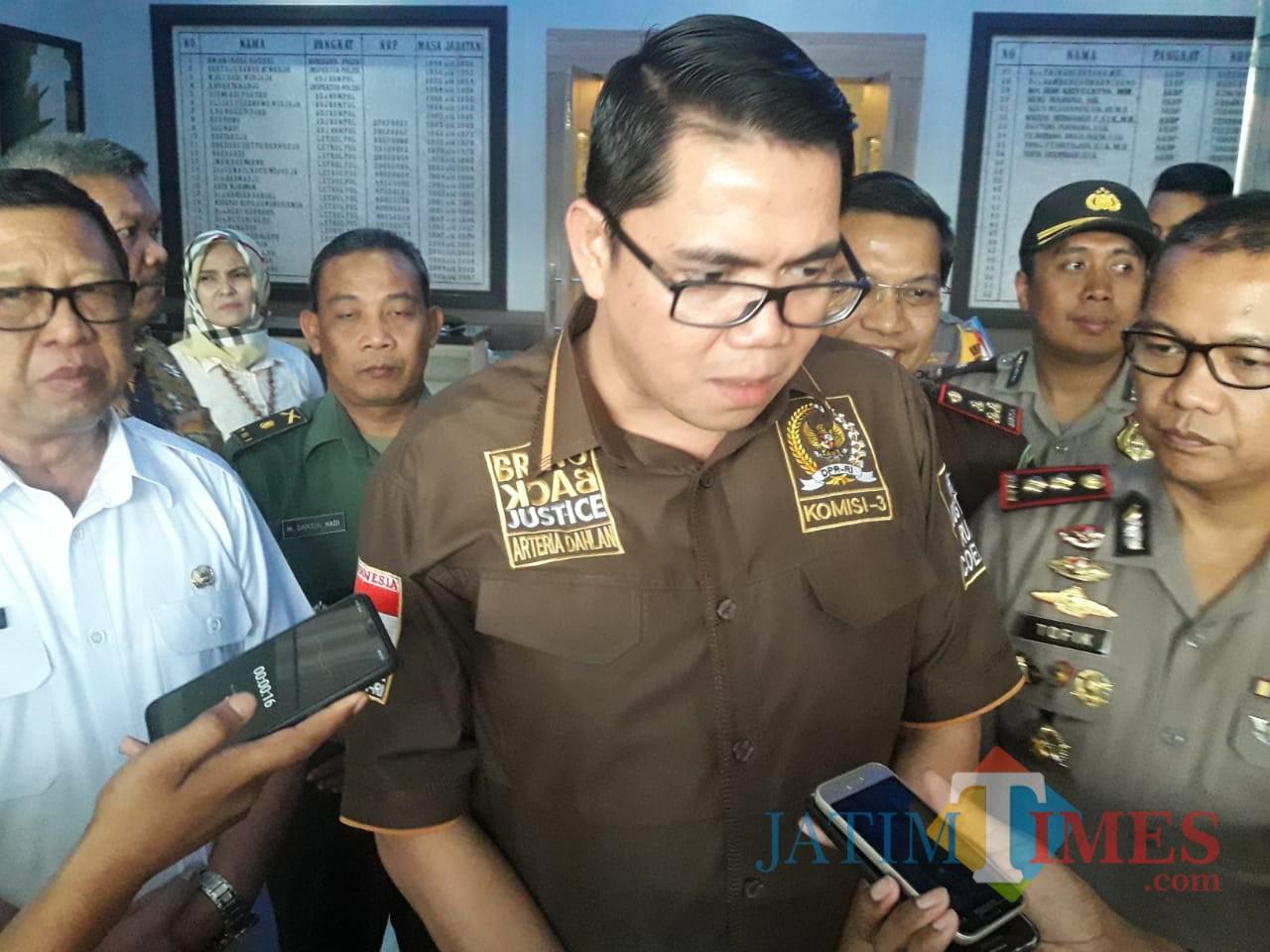 Politisi PDI P, Arteria Dahlan (foto : Firman / Jatimtimes)
