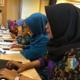 Salah satu operator sekolah saat mengikuti kegiatan Sosialisasi Peingkatan Karir Berbasis Online di Hotel Ollino Garden, Kota Malang. (Foto: Nurlayla Ratri/MalangTIMES)