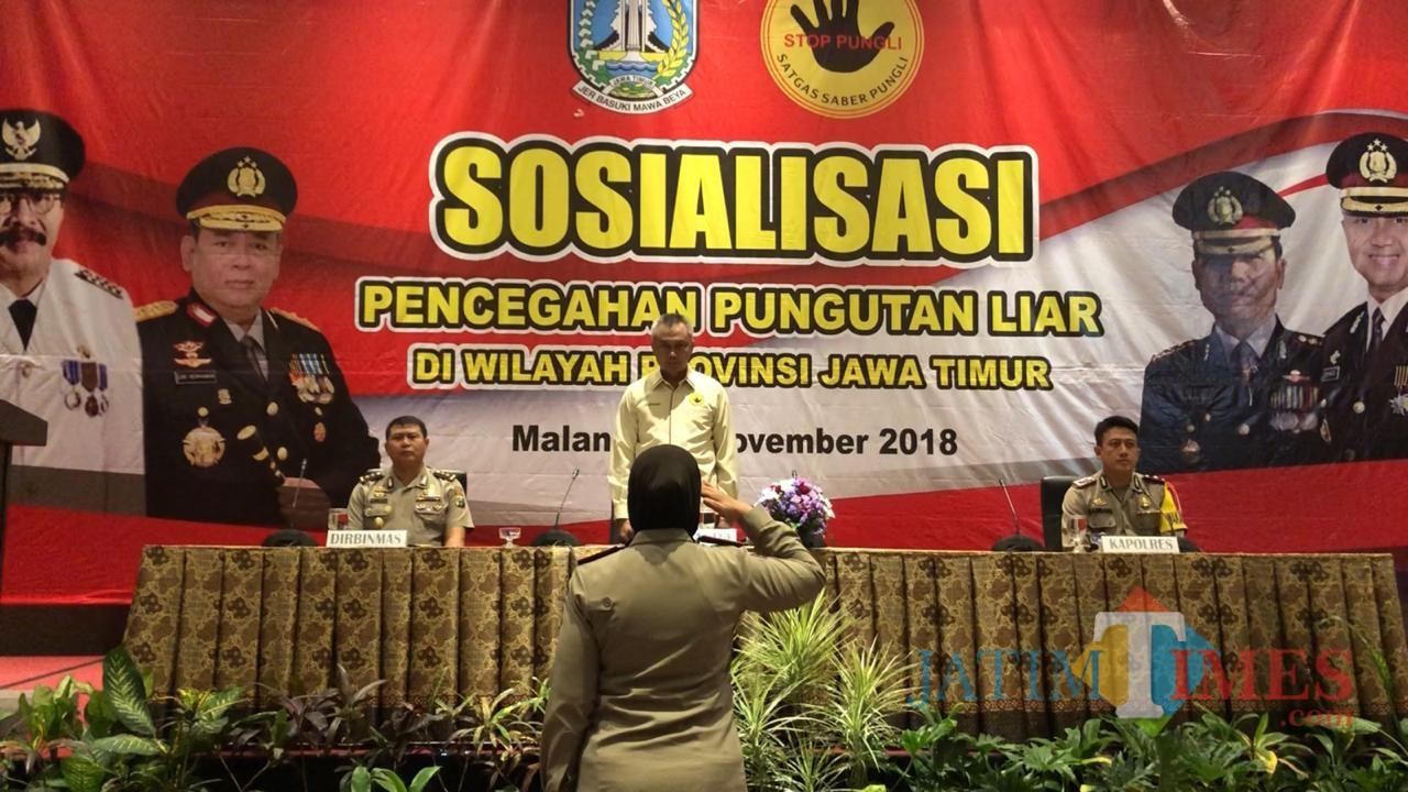 Suasana saat sosialisi pencegahan pungli (Anggara Sudiongko/MalangTIMES)