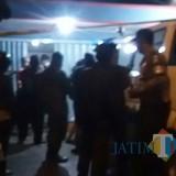 Situasi rumah Pasutri yang tewas di Campurdarat / Foto : Yohan Antoni / Tulungagung TIMES