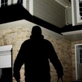 Ilustrasi pencurian kontrakan (lampost.co)