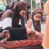 Kenalkan Anak Milenial dengan Permainan Tradisional, Disperkim Pasang Wahana Permainan Tradisional Baru di Alun-alun