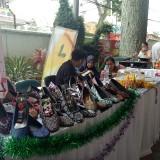 Salah satu produk UMKM di Bazaar Wisata Halal (foto: Imarotul Izzah/Malang Times)