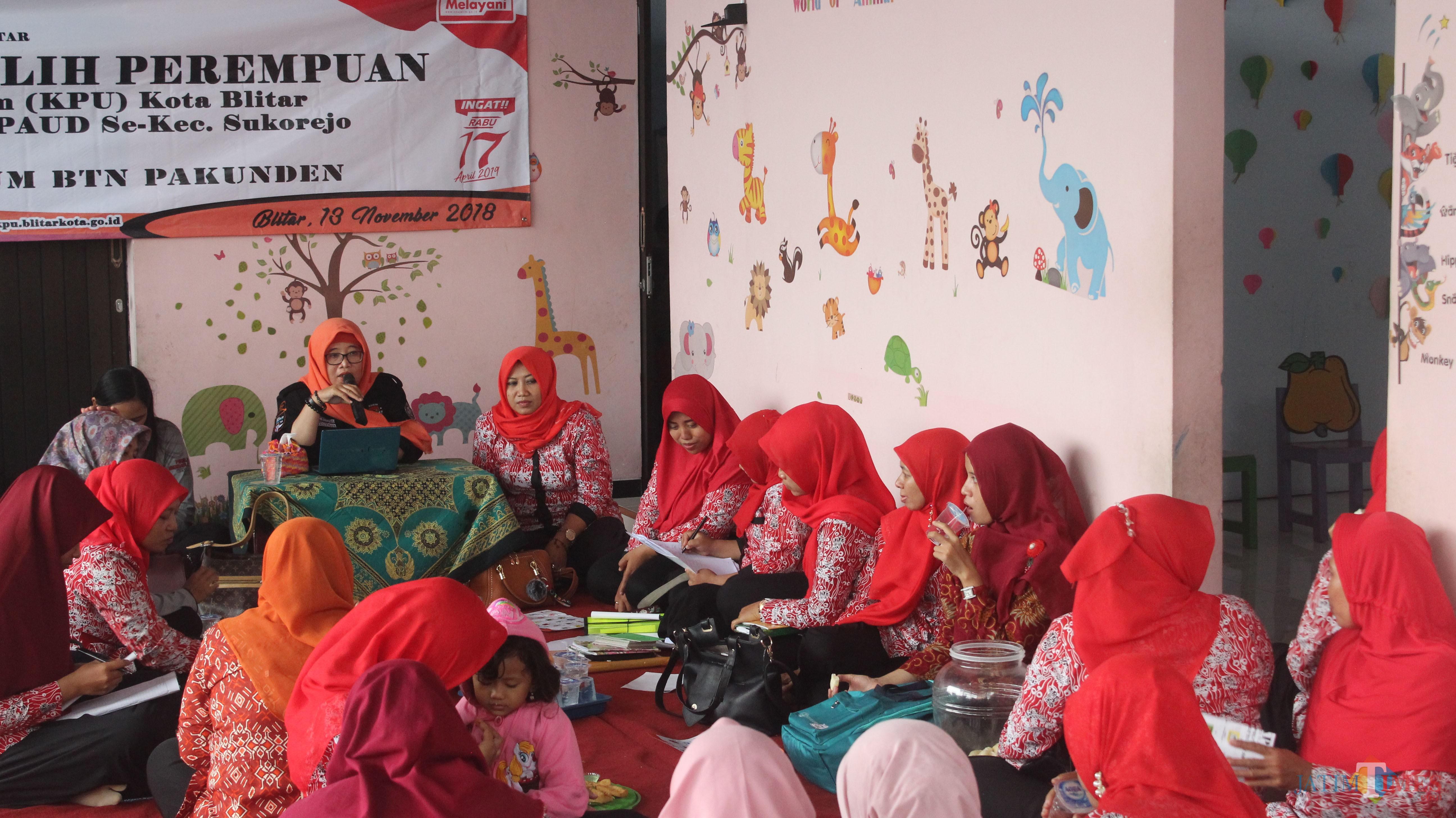 Sosialisasi pemilu kepada guru PAUD yang digelar KPU Kota Blitar.(Foto : Aunur Rofiq/BlitarTIMES)
