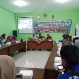 Kaji Banding Dinas Kesehatan Kabupaten Situbondo di Puskesmas Gribig (foto: Imarotul Izzah/Malang Times)