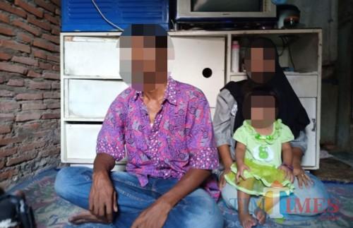 Keluarga korban pencabulan saat dikunjungi awak media. (Foto : Istimewa)