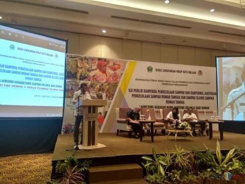 Kepala Dinas Lingkungan Hidup Kota Malang, Agoes Edy Putranto saat memberikan sambutan (Hendra Saputra)