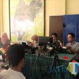 Dispendukcapil Kabupaten Blitar melakukam jemput bola saat rekaman e-KTP.(Foto : Aunur Rofiq/BlitarTIMES)
