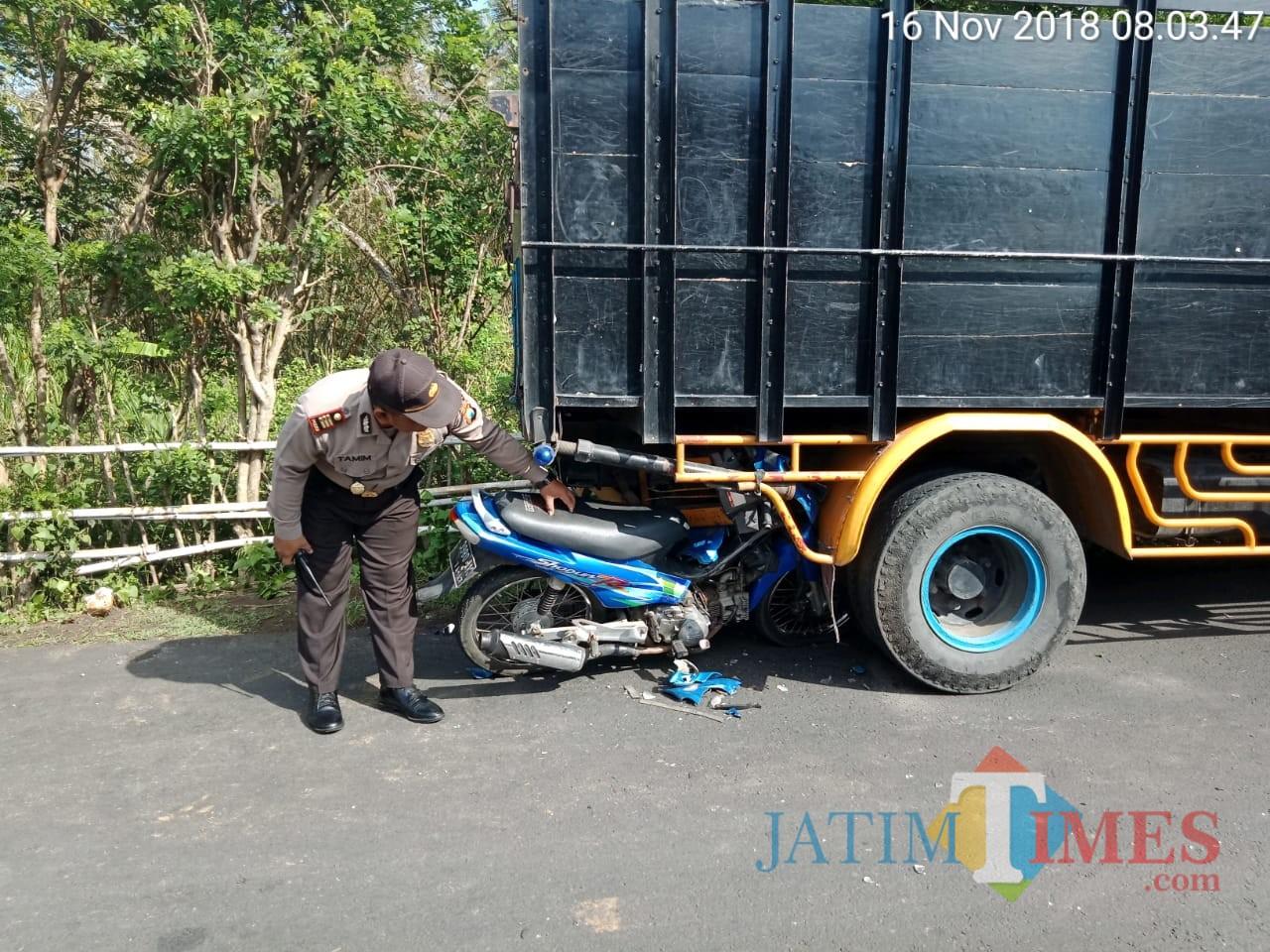 Polisi melakukan olah TKP.(Foto : Humas Polres Blitar for BlitarTIMES)
