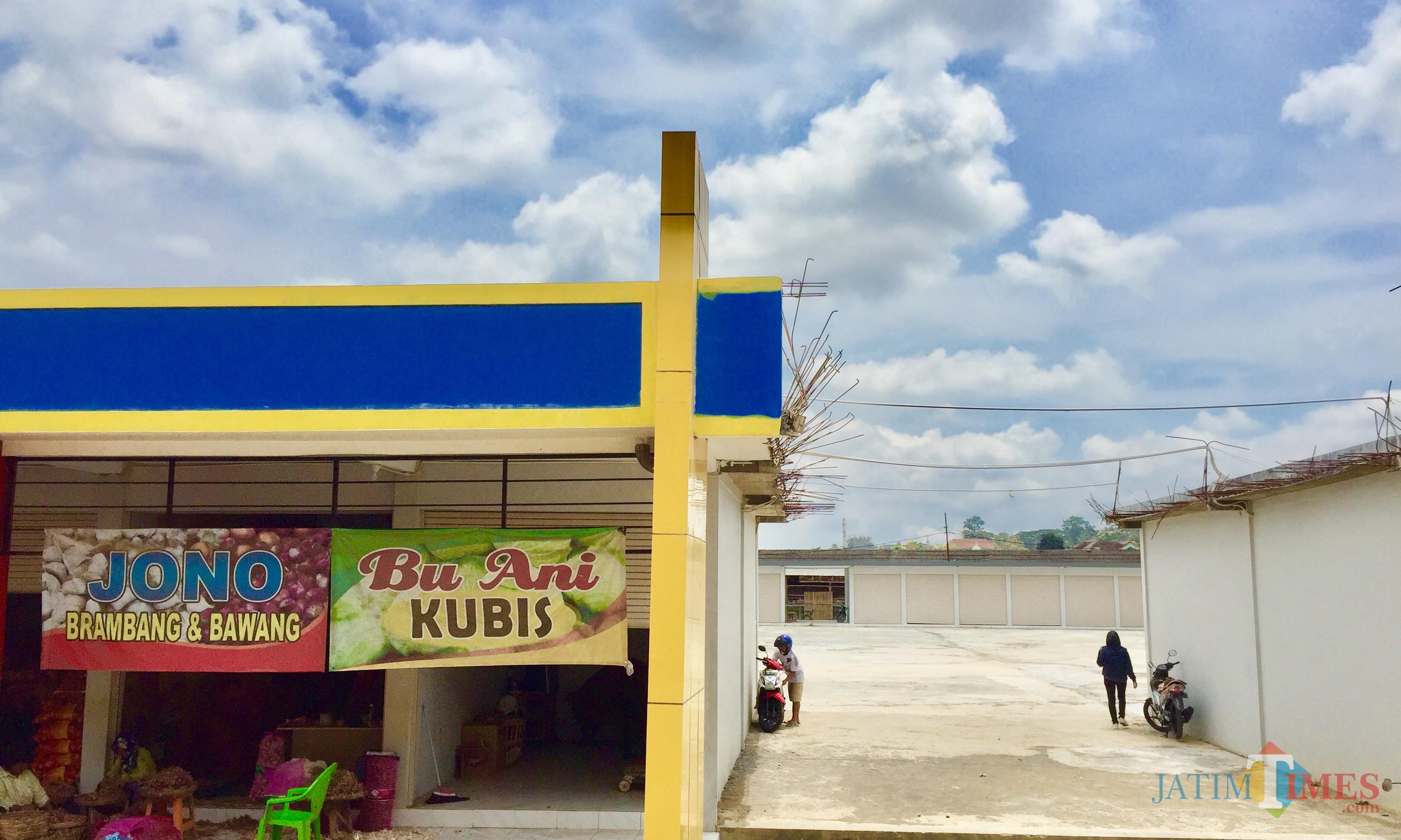 Area pasar unit sayur di Jl Dewi Sartika Kelurahan Temas Kecamatan Batu. (Foto: Irsya Richa/MalangTIMES)