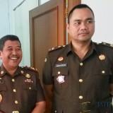 Kajari Kota Malang, Amran Lakoni SH, MH (kiri) dan Kasi Pidsus Ujang Supriyadi (Kanan) (Anggara Sudiongko/MalangTIMES)