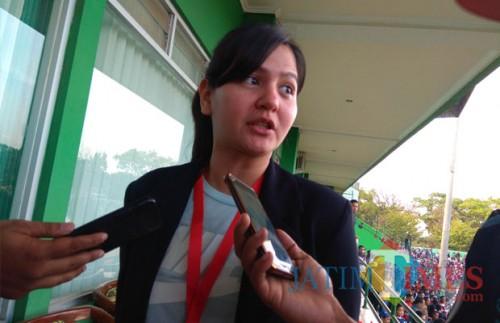 Sekjen PSSI, Ratu Tisha (Hendra Saputra)