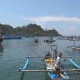 Ribuan nelayan Sendang Biru,  Sumawe, memilih untuk tidak melaut dikarenakan Terang Bulan (Ist)