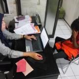 ASH tersangka penculikan anak di bawah umur saat dimintai keterangan di Unit Pelayanan Perempuan dan Anak (UPPA) Polres Malang (Foto : Istimewa)