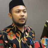 Ketua Bawaslu Kabupaten Jombang Ahmad Udi Masjkur saat diwawancarai. (Foto : Adi Rosul / JombangTIMES)