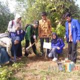 Ikuti Kemah Tani, Mahasiswa Unisba Blitar Siap Sebarkan Abu Padi ke Nusantara