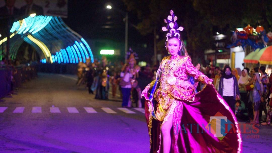 Peserta Batik Lumajang On The Street 2018. (Foto: Pawitra/JatimTIMES)