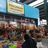Ilustrasi, perancangan atau pedagang eceran di pasar-pasar tradisional menjadi penyumbang utama pertumbuhan ekonomi di Kota Malang. (Foto: Nurlayla Ratri/MalangTIMES)