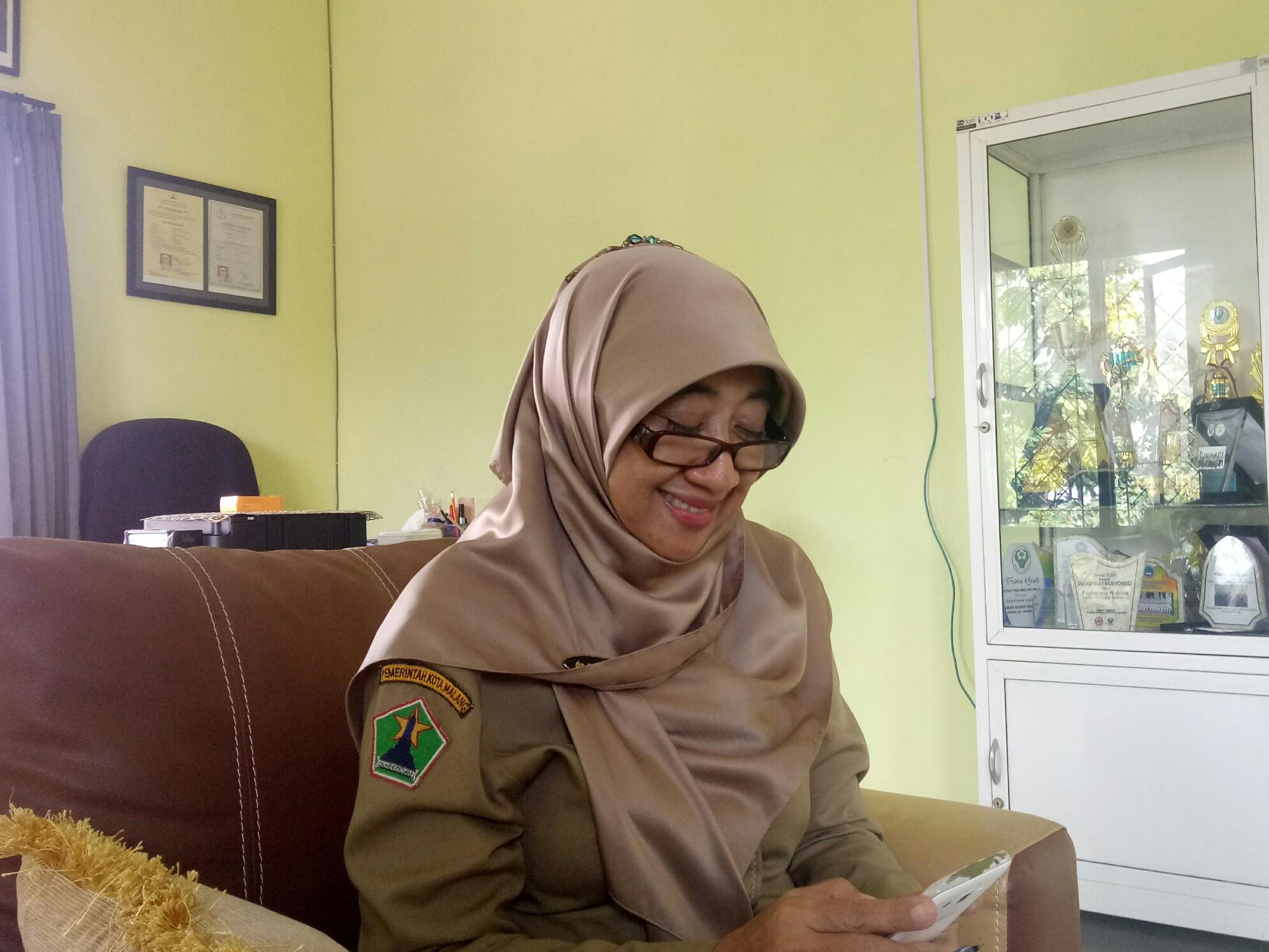 Caption: Kepala Puskesmas Mulyorejo drg. Indra Ratnasari