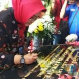 Kementerian Hukum dan HAM Susy Susilawati meresmikan gedung media center di Kantor imigrasi Kelas III Non TPI Kediri. (eko Arif s /JatimTimes)