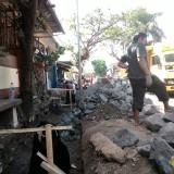 Hujan Datang, Jalanan Kabupaten Kembali Berlubang