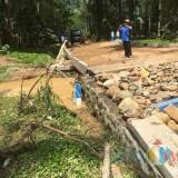 Hujan Disertai Petir Selama Dua Jam, Ratusan Rumah di Kabupaten Malang Porak-poranda