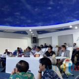 Proses lelang kinerja yang dihadiri langsung Wali Kota Malang Sutiaji yang didamping Wakil Wali Kota Malang Sofyan Edi Jarwoko, Sekretaris Daerah Kota Malang Wasto, dan dua tim ahli. (Pipit Anggraeni/MalangTIMES).