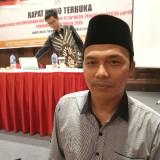Anggota Komisioner KPU Tulungagung,  Khoirul Anam (foto : Joko Pramono/Jatimtimes)