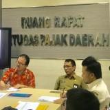 Proses wawancara dan take video yang dilakukan tim Widyaiswara Kemenkeu bersama Kepala BP2D Kota Malang, Ir H Ade Herawanto MT bersama jajaran. (Foto: Dokumen MalangTIMES)