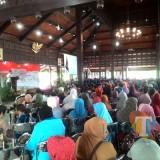 Wabup Malang HM Sanusi diwakili Asisten pemerintah dan kesra Abdul Kodir saat membuka Dialog Nasional PKH di Pendapa Kabupaten Malang, Kepanjen, Rabu (12/12) (Nana)