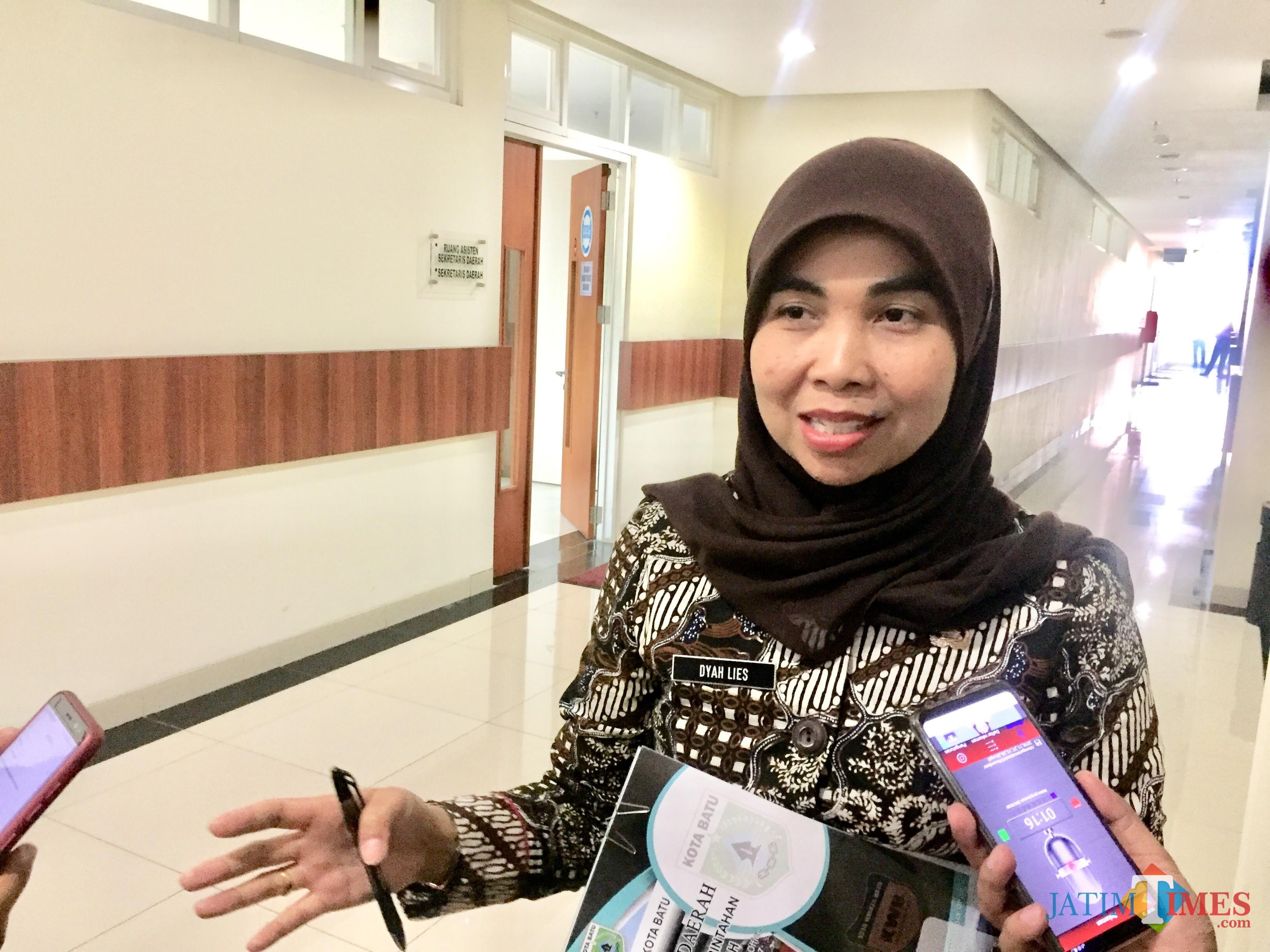 Kepala Bagian Pemerintahan Setda Pemkot Batu Dyah Lies. (Foto: Irsya Richa/MalangTIMES)