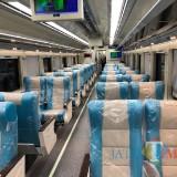 Tampilan baru kereta api Mutiara Timur yang akan dioperasikan pada libur natal tahun baru ini