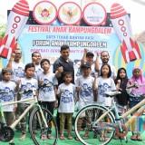 Wali Kota Kediri membuka festival anak di Kelurahan Kampung Dalem. (ist)