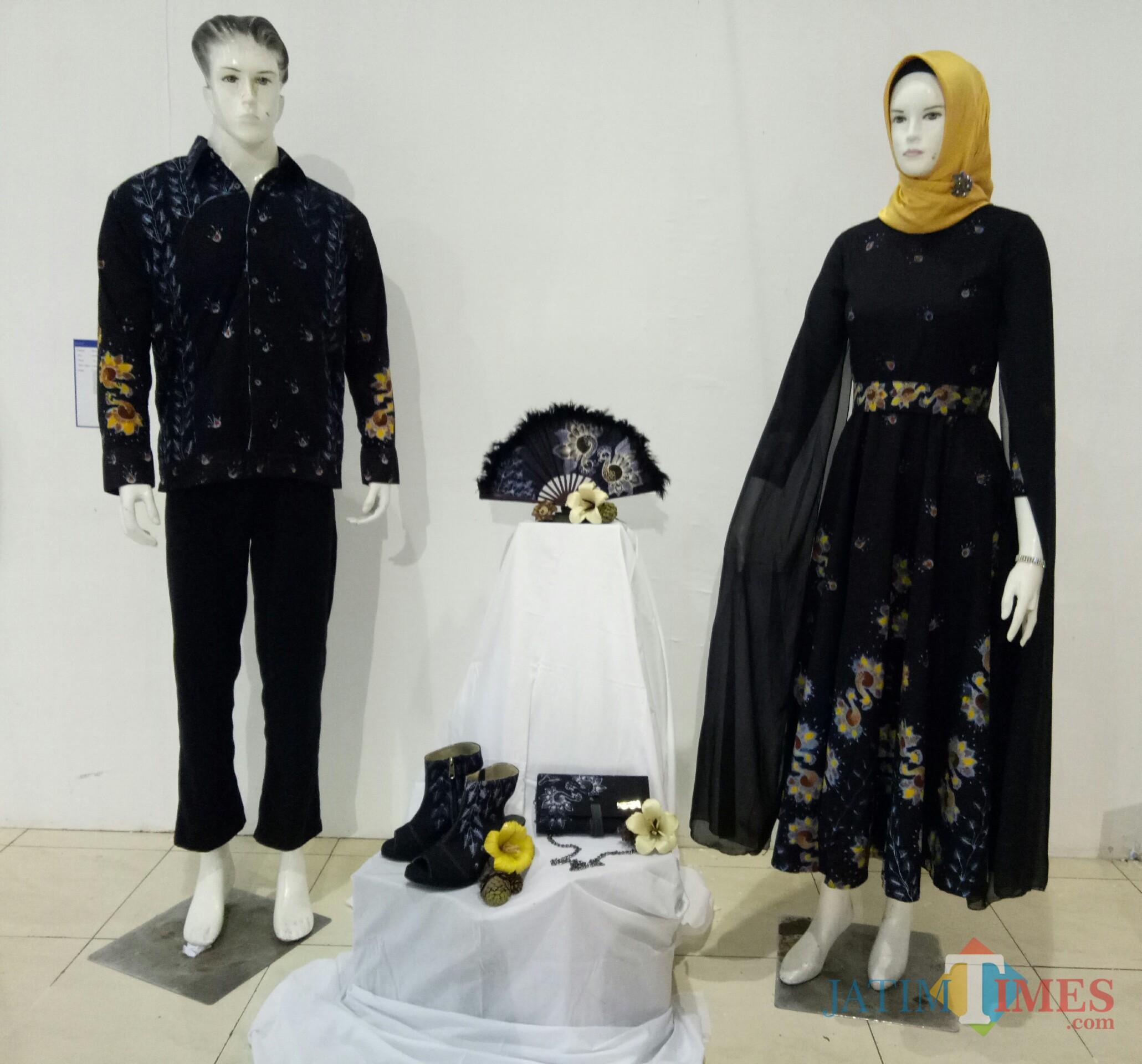 Batik couple karya Rizqia Ucik Arfina Putri. (foto: Imarotul Izzah/Malang Times)