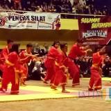 Suasana pertandingan pencak silat pelajar di Gor Tawang Alun Banyuwangi