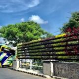Vertical Garden di Jembatan Jalan Protokol Kota Batu Turut Sambut Tahun Baru